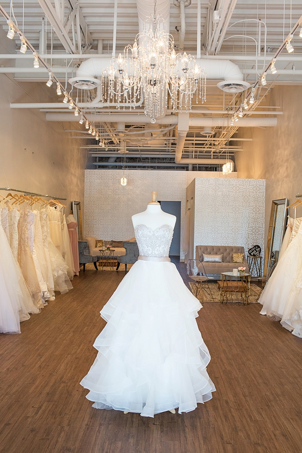 bella-lily-bridal-glendale-arizona-phoenix-bridal-boutique-diana-elizabeth-photography-119