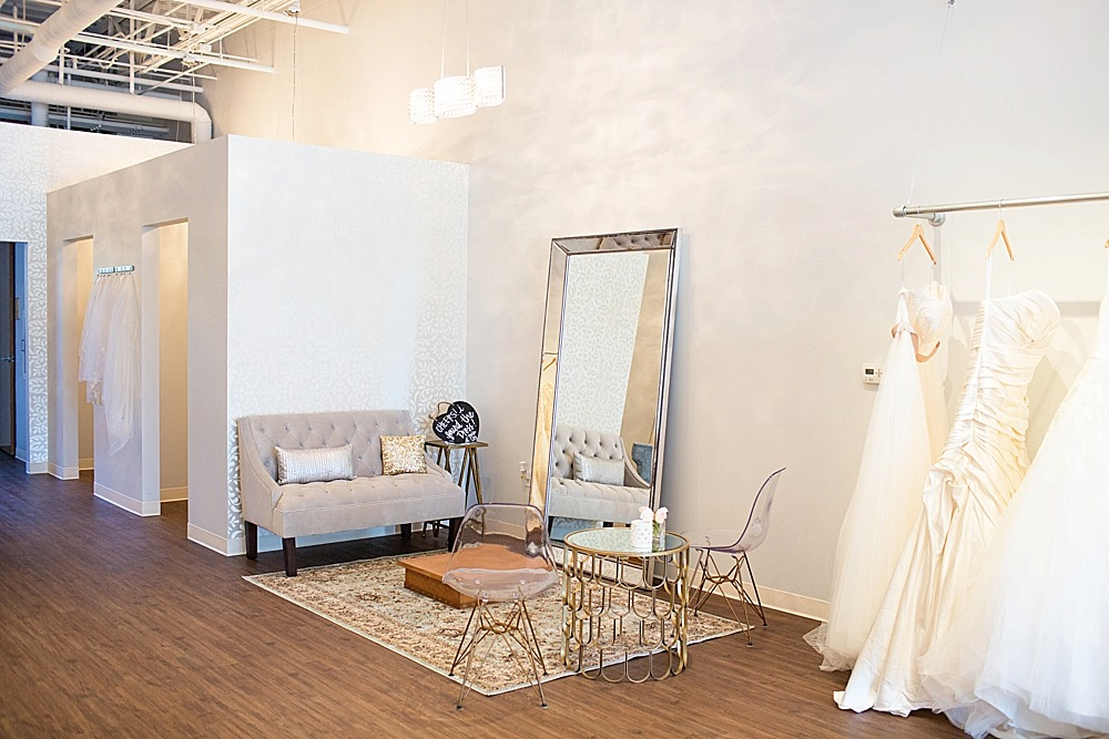 bella-lily-bridal-glendale-arizona-phoenix-bridal-boutique-diana-elizabeth-photography-165