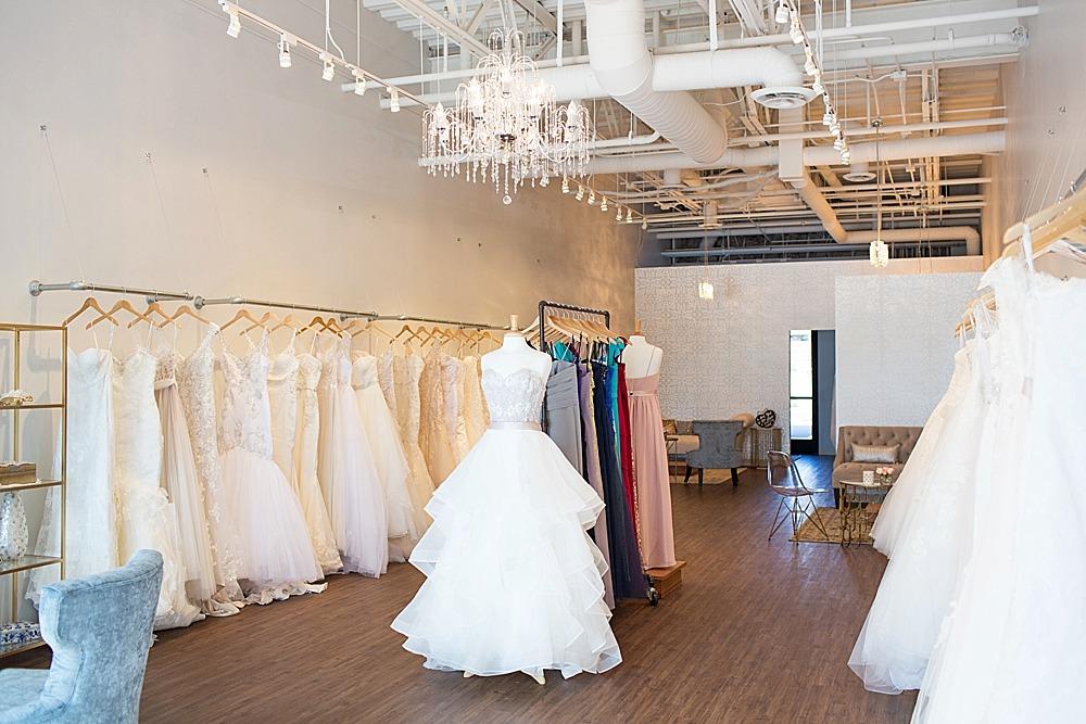 bella-lily-bridal-glendale-arizona-phoenix-bridal-boutique-diana-elizabeth-photography-177